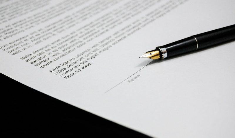 Umowy ślubne – zobacz, jak nie dać się oszukać!