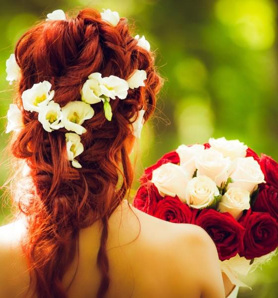 Inspirujące fryzury ślubne