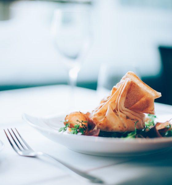 5 rad – jak ułożyć menu weselne?