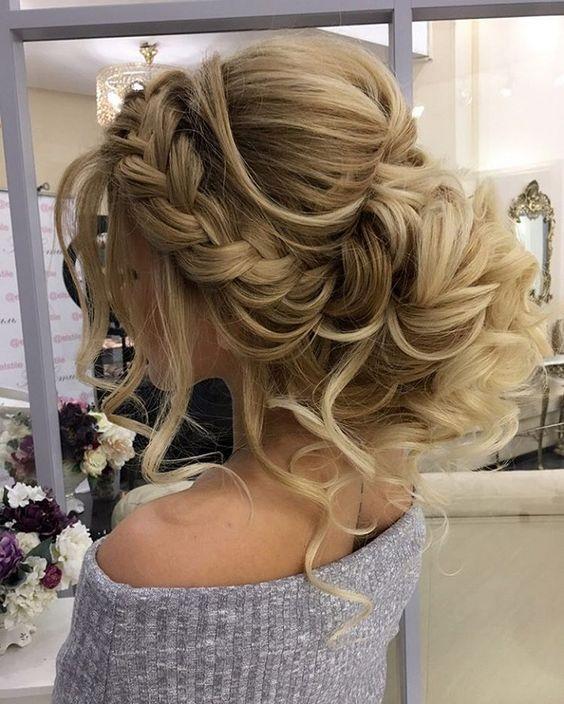 fryzury ślubne 2017
