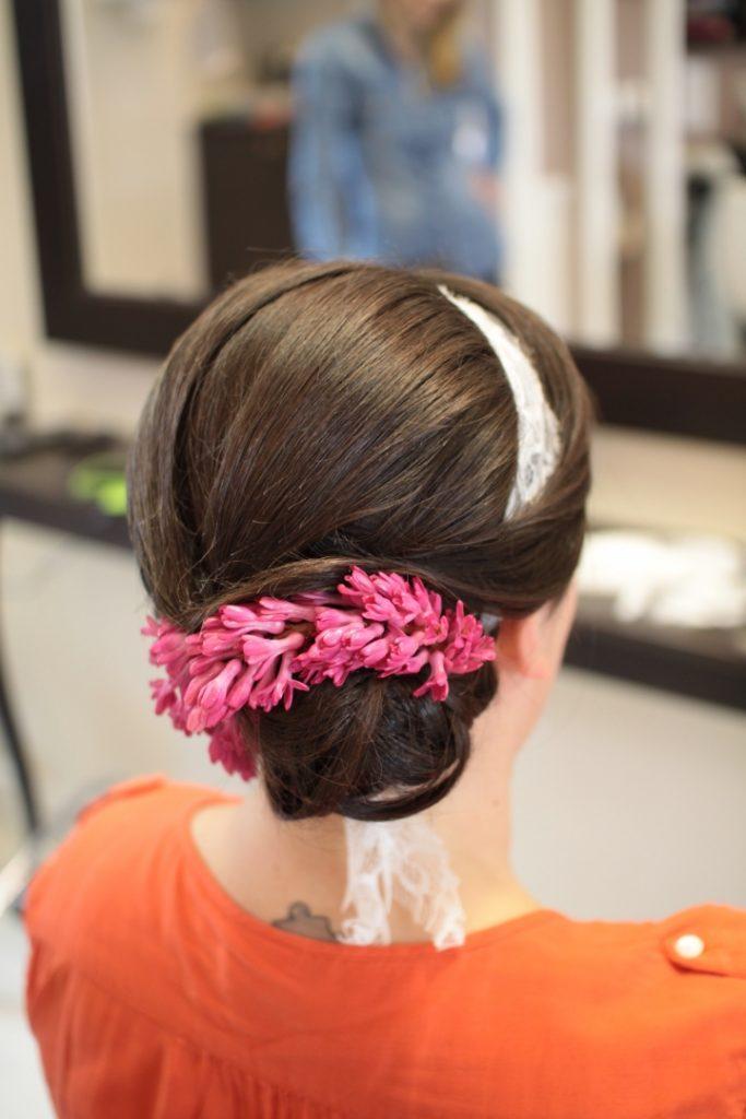 modna fryzura slubna