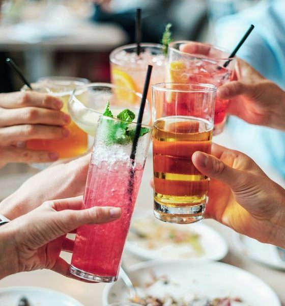 Alkoholowy poradnik ślubny – alkohol na przyjęciu weselnym