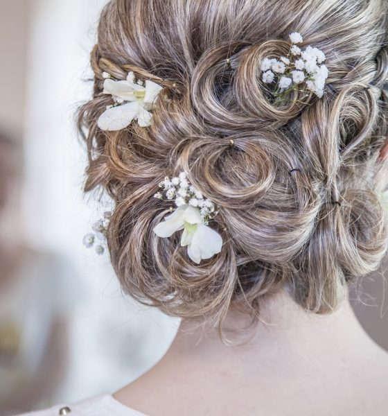 Top fryzury ślubne w 2017 roku dla niej i dla niego
