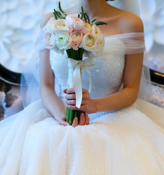 Bukiet Panny Młodej – jaka kolorystyka się sprawdzi?